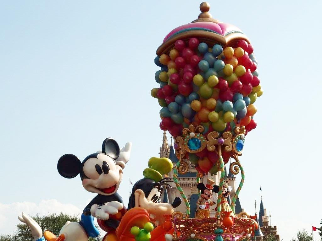 ディズニーランド-ハピネスパレード