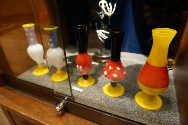ドナルドなどの形の花瓶