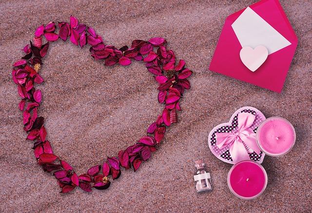 ピンクのかわいいハート