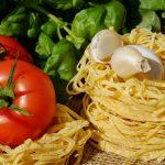 トマトとパスタとニンニク